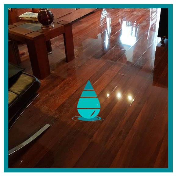 Limpieza piso flotante santiago